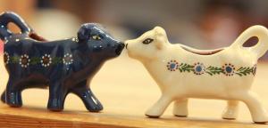 Milch-Kühe, Solling-Handtoepferei, Fredelsloh
